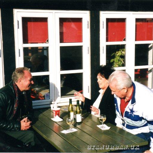 With WandaJackson and her husband and manager,Wendel Goodman.